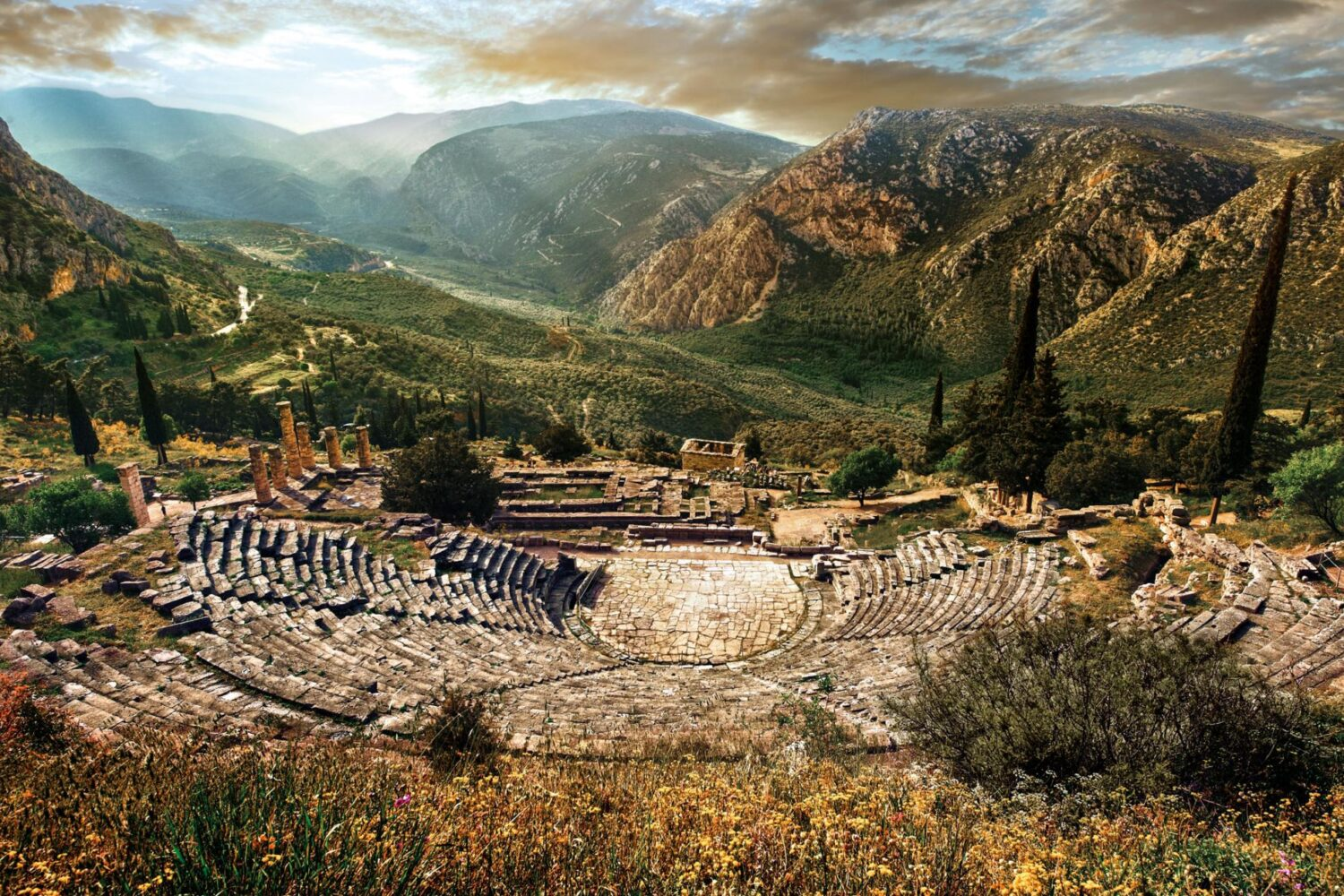 Delphi-Greece-private-tour