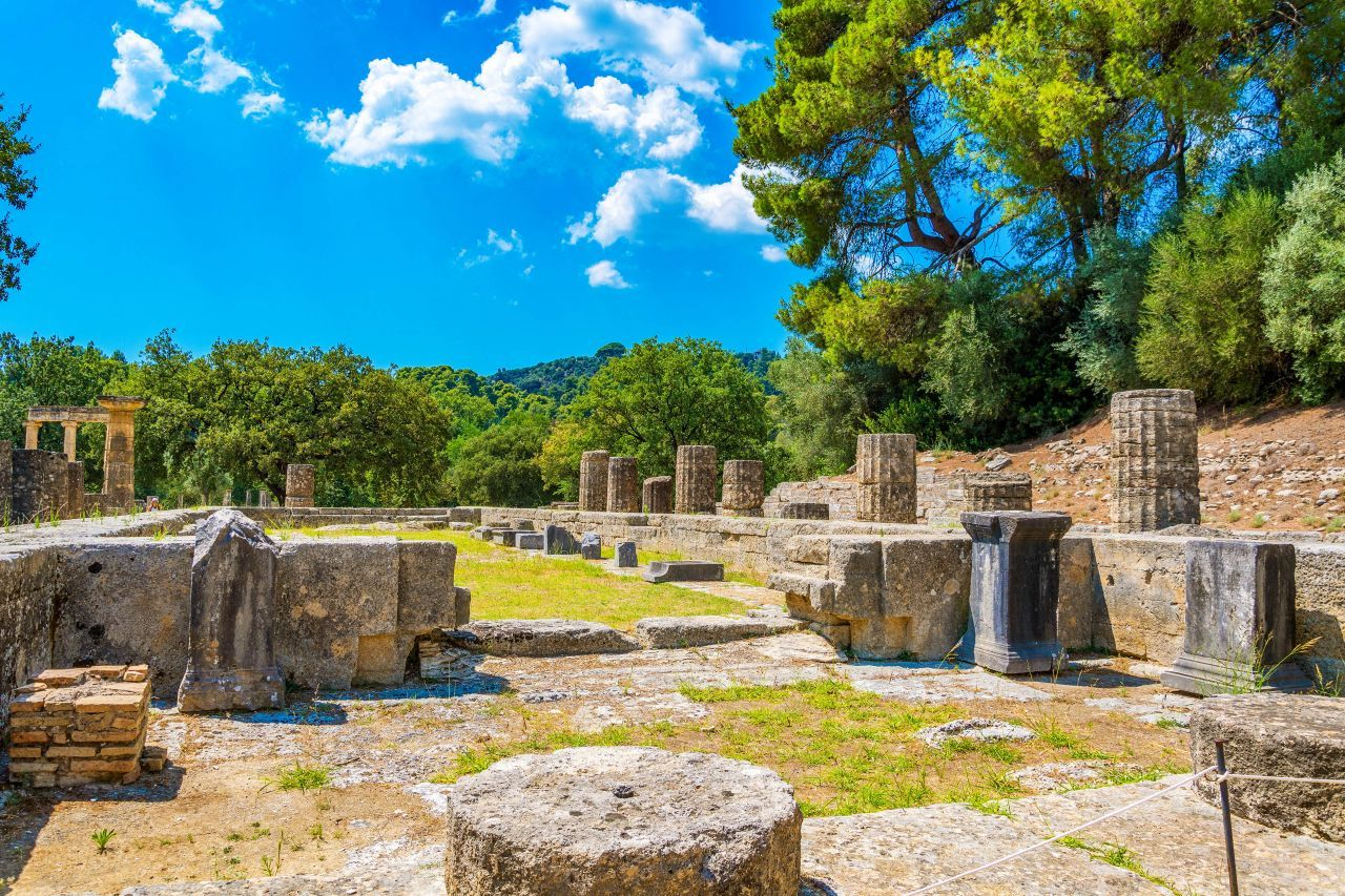 Olympia-Greece-private-tour-with-luxury-car