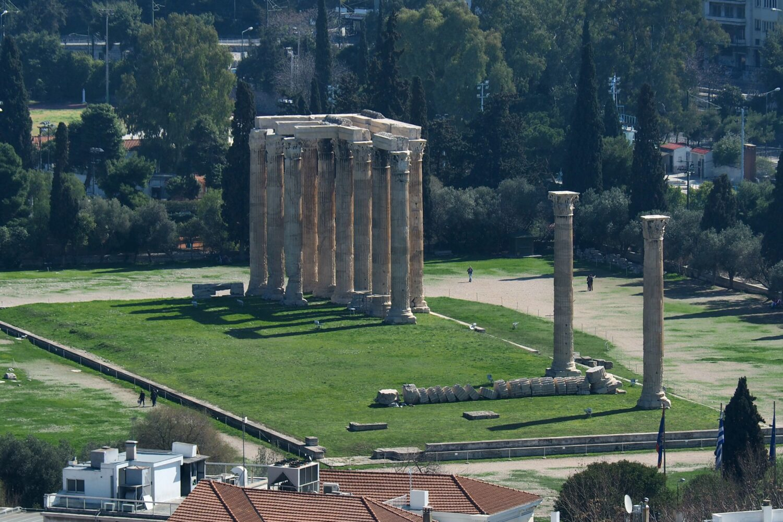 temple-of-olympian-zeus--athens-