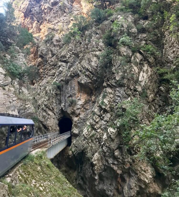 Odontotos train-peloponnese-vouraikos-gorge