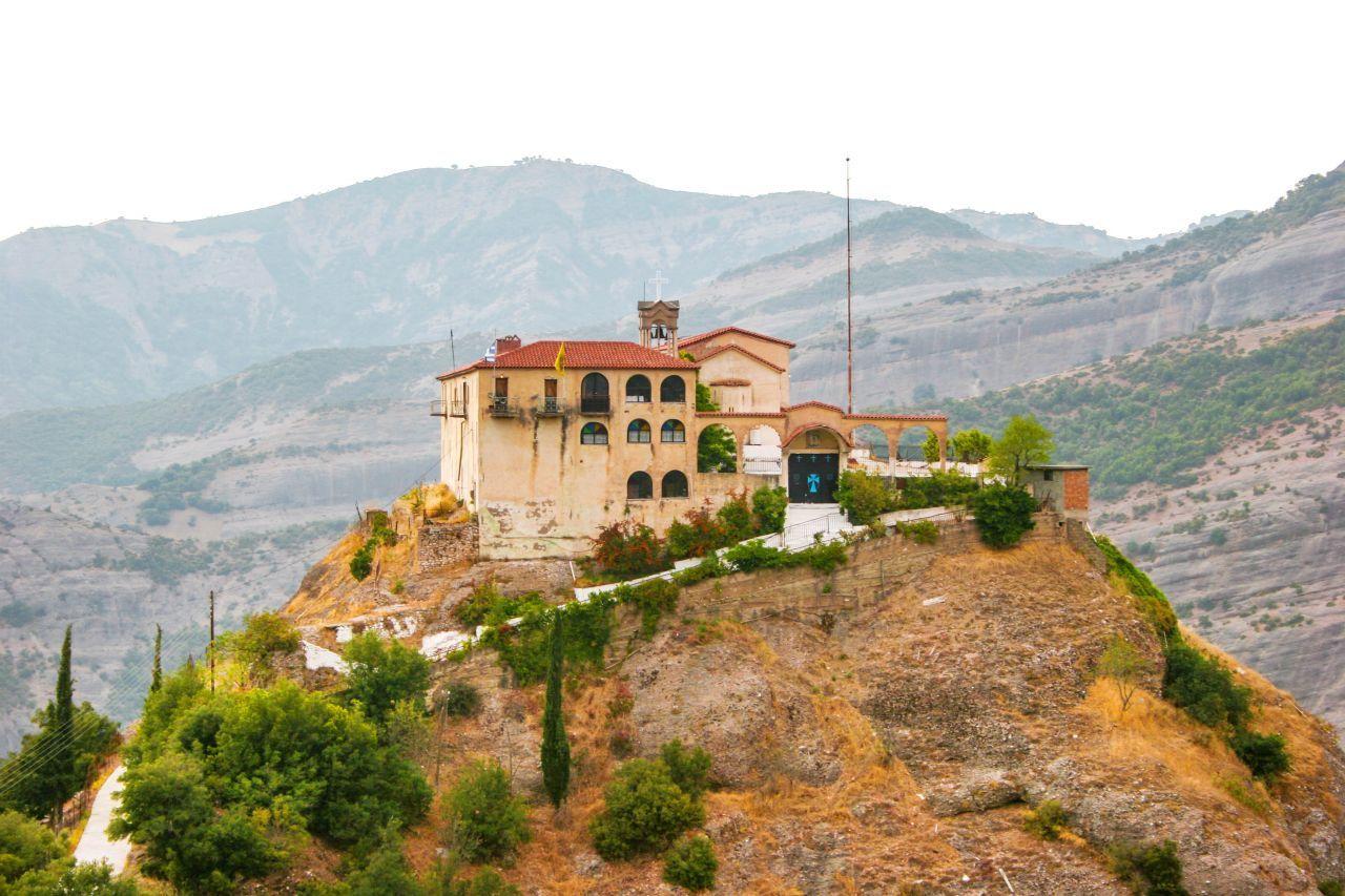 kalavryta-monastery-of-makelaria