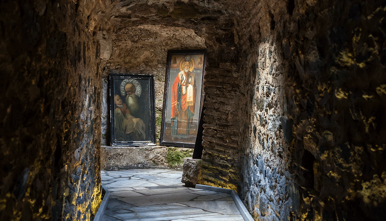 catacomb-thessaloniki